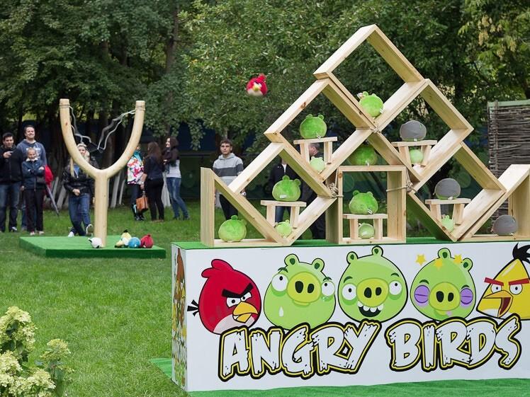Фото проведения тимбилдинга по программе Angry Birds от Red-g