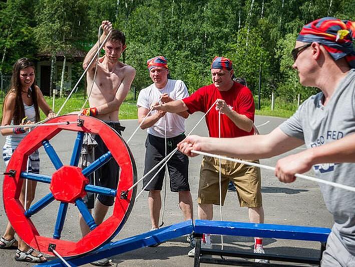 Фото проведения тимбилдинга по программе Колесо от Red-g