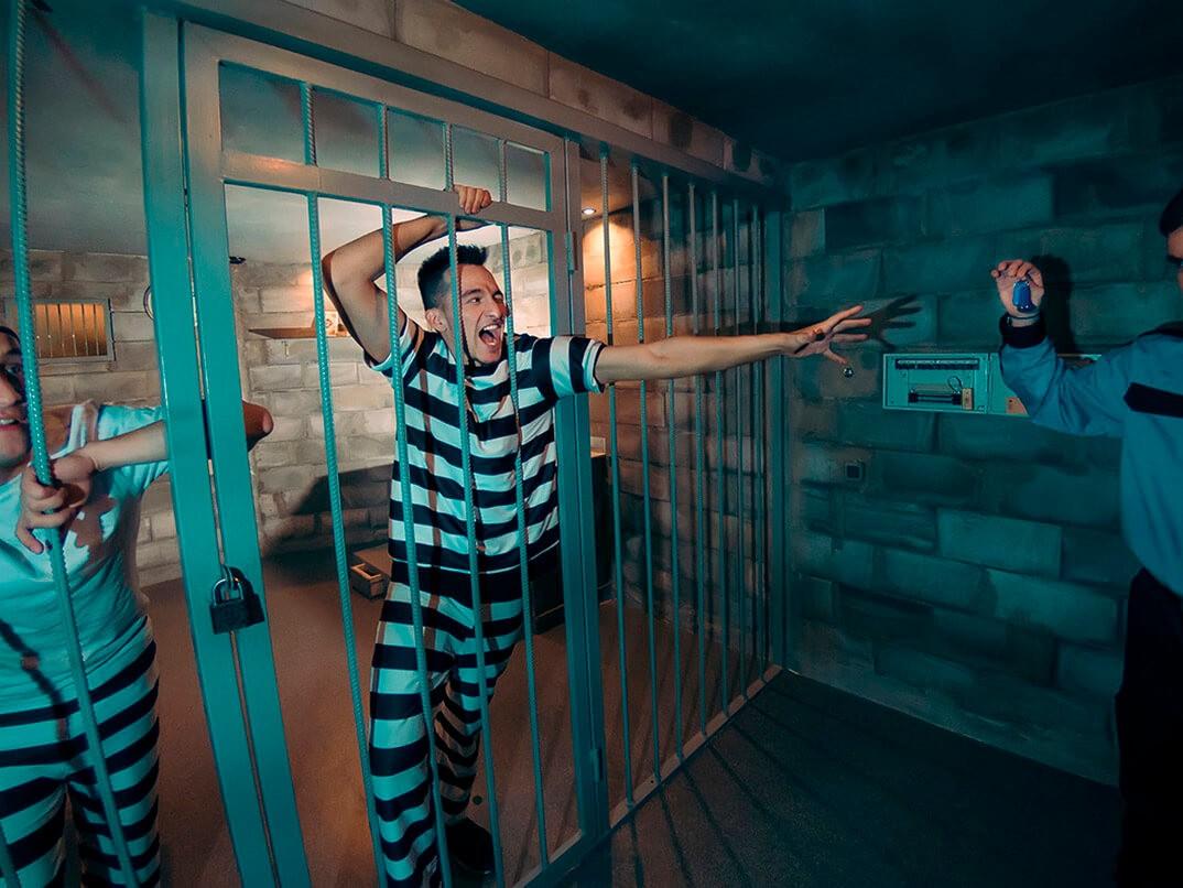 Фото проведения тимбилдинга по программе побег из тюрьмы от Red-G