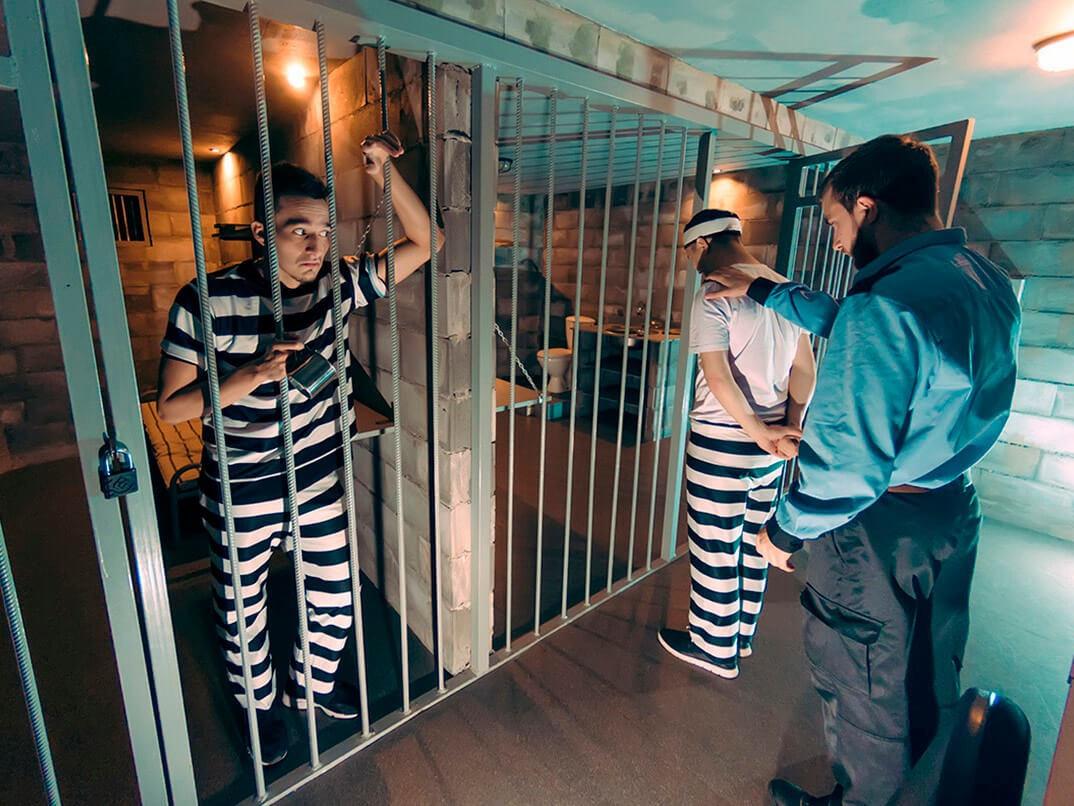 Фото проведения тимбилдинга по программе побег из тюрьмы от RedG