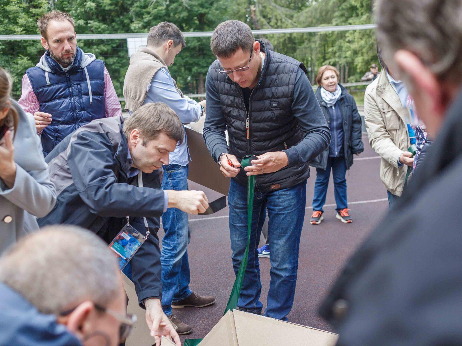 Фото проведения тимбилдинга по программе Пирамида от RedG