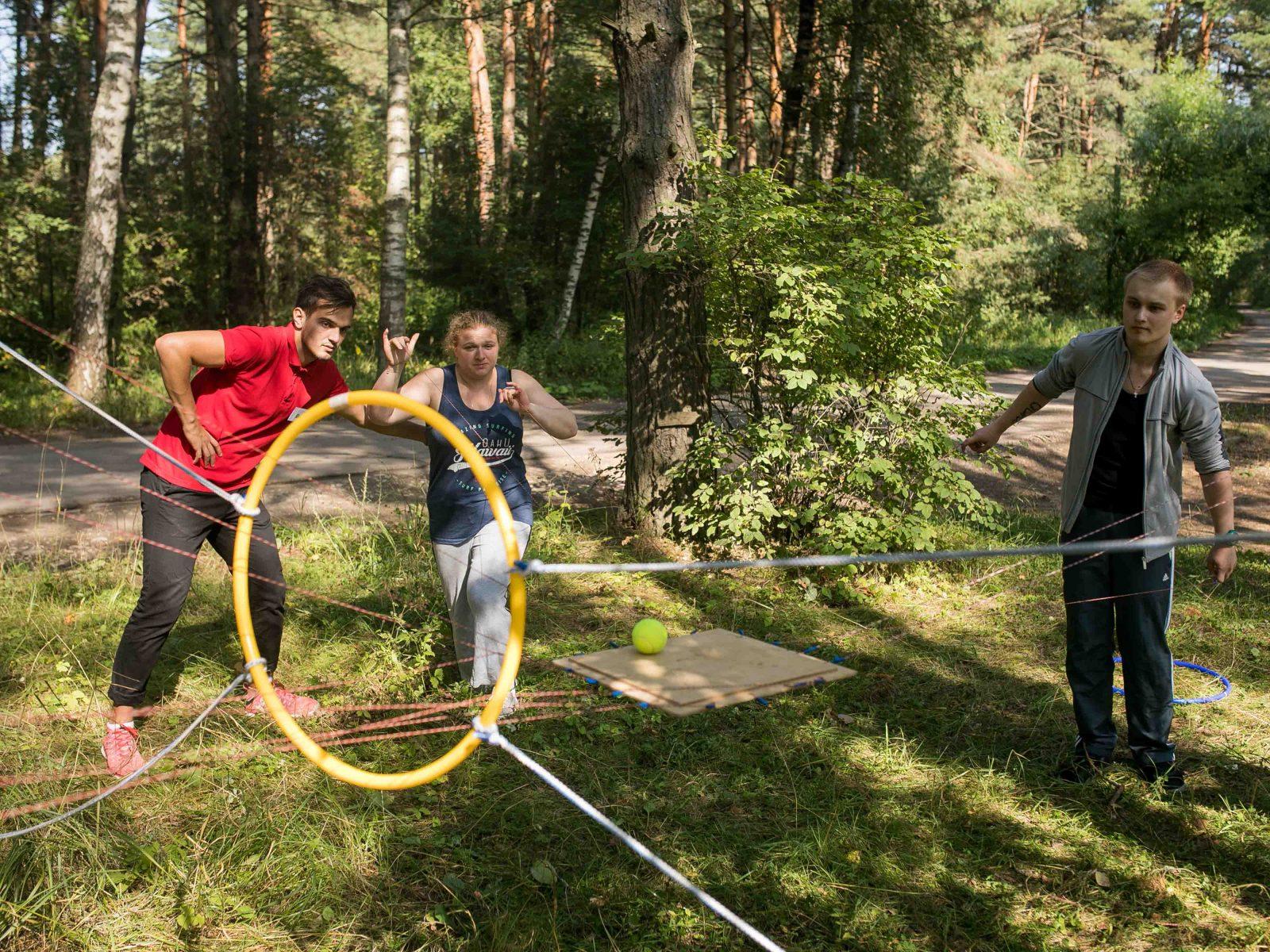 Фото проведения тимбилдинга по программе Поднос от RedG