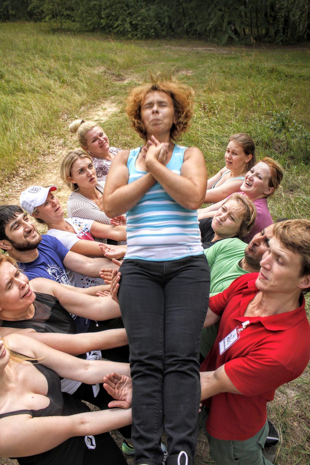Фото проведения тимбилдинга по программе Падение от Red-g