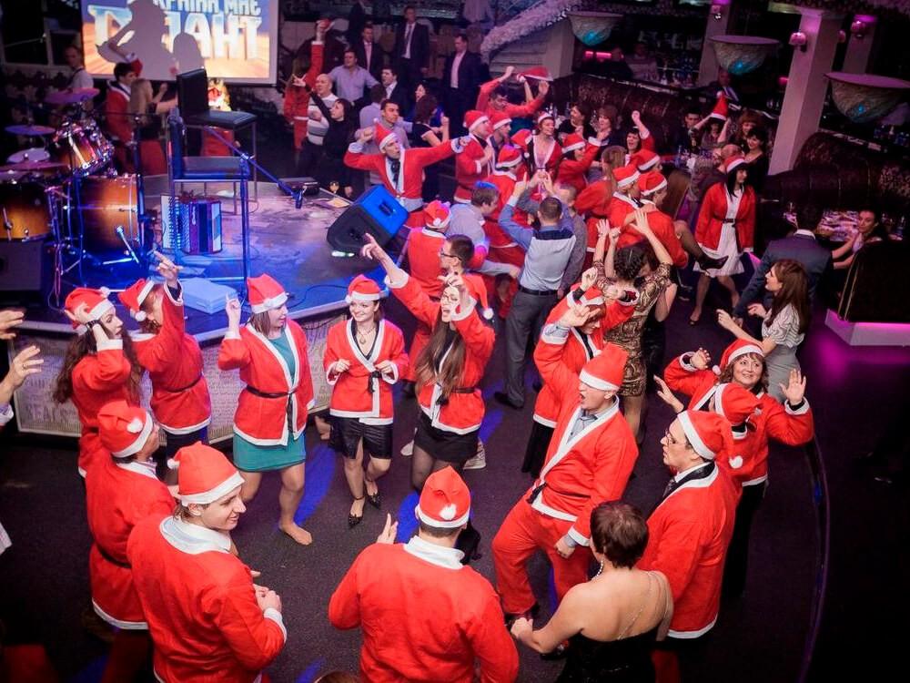 Фото проведения новогоднего корпоратива от RedG