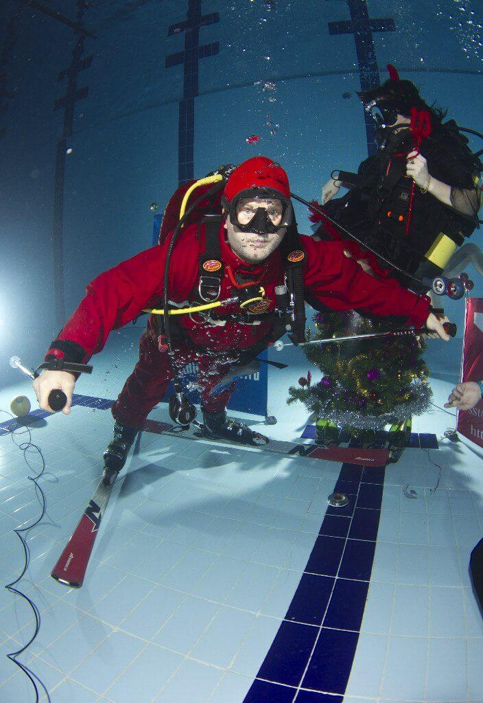 Фото проведения подводного тимбилдинга от RedG
